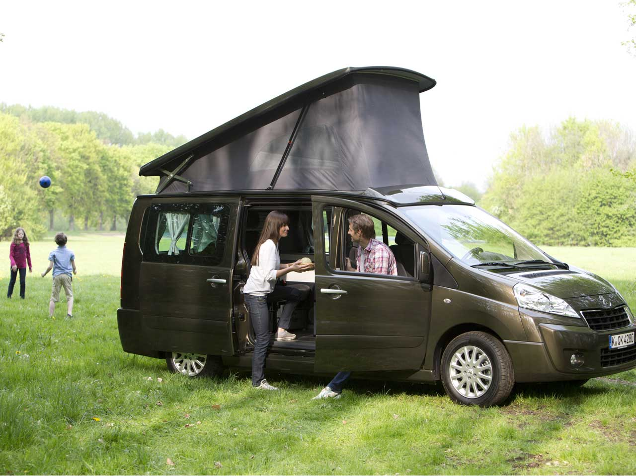 peugeot expert patagonia westfalia bei rosier in meschede. Black Bedroom Furniture Sets. Home Design Ideas