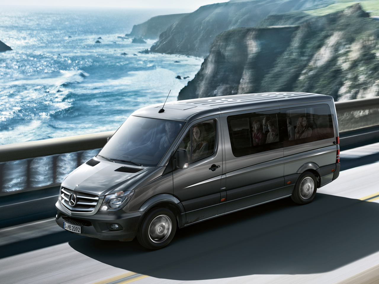 Der sprinter kombi bei ihrem mercedes benz partner rosier for Mercedes benz sprinter 2014