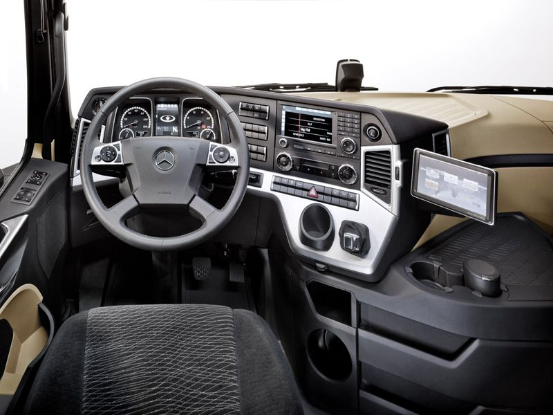 Mercedes Benz Acreos Slt Rosier
