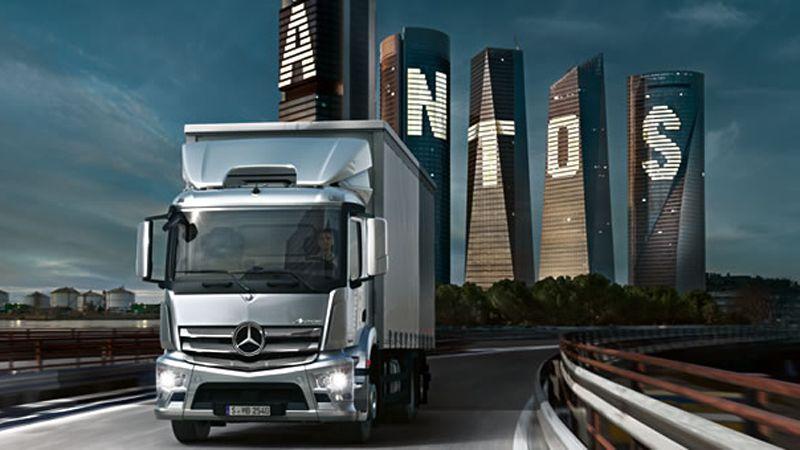Trucks Distribution Transport Antos X on Classic Mercedes